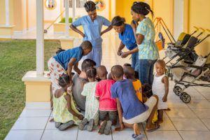 Pour les nombreux enfants qui n'ont pas de famille, NPH gère des foyers dans 9 pays