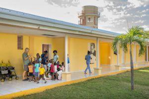 Nous possédons en Haïti, 3 foyers pour enfants abandonnés ou en situation de grande précarité.
