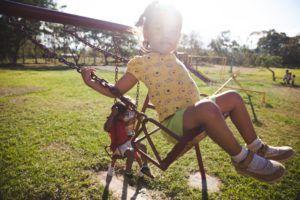 Quoi de plus merveilleux que de voir un enfant s'épanouir et grandir, entouré de l'amour des siens ?