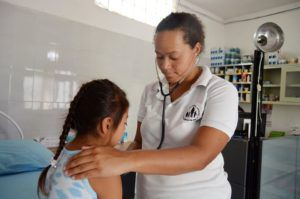Avant de rejoindre notre grande famille, beaucoup de nos enfants n'ont jamais consulté un médecin ou un dentiste et souffrent souvent de malnutrition ou d'autres maladies évitables.