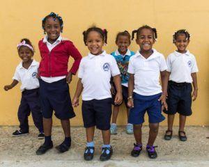 Notre école accueille gratuitement une centaine d'enfants en leur offrant ainsi la scolarité à laquelle ils n'avaient pas accès auparavant.